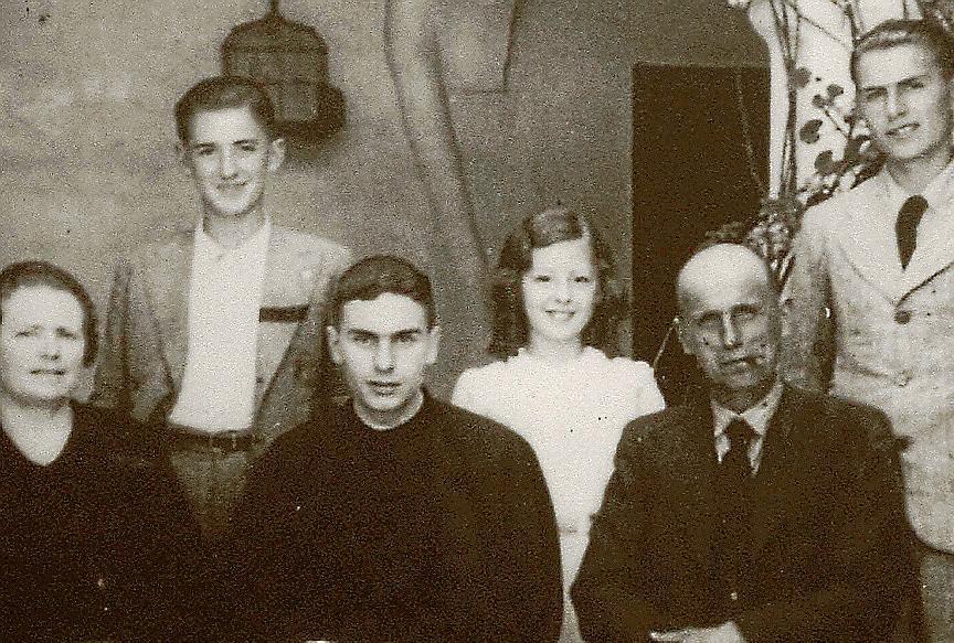 No puedo apartar de mi mente a aquel joven sacerdote que yo maté Entre los 40 mártires asesinados el 23 de julio de 1936 está el joven sacerdote menorquín Juan Huguet, cuyo heroísmo reconocía su mismo asesino