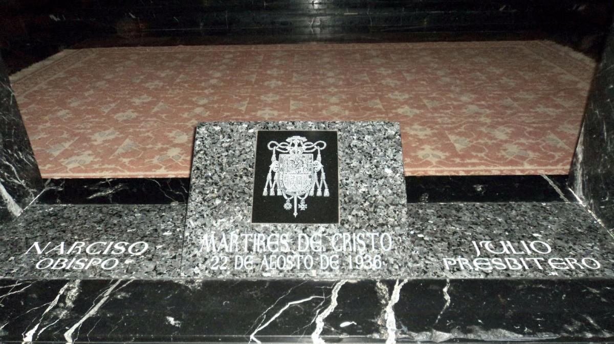 """Estenaga, el obispo que dijo """"matadme"""", tras evitar una profanación Entre los nueve mártires nacidos un 16 de abril está el secretario del obispo que ofreció su vida para evitar una profanación"""