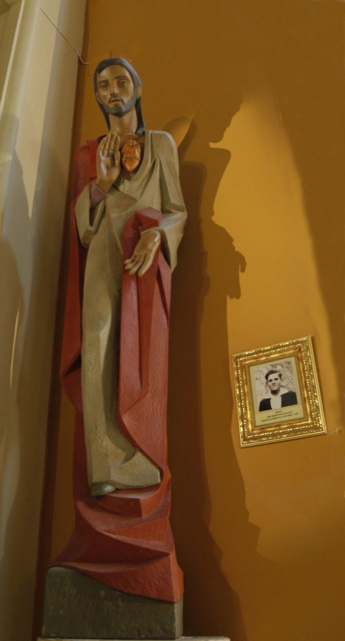 Imagen del beato José María Poyatos en la parroquia de San Juan Bautista de Úbeda.
