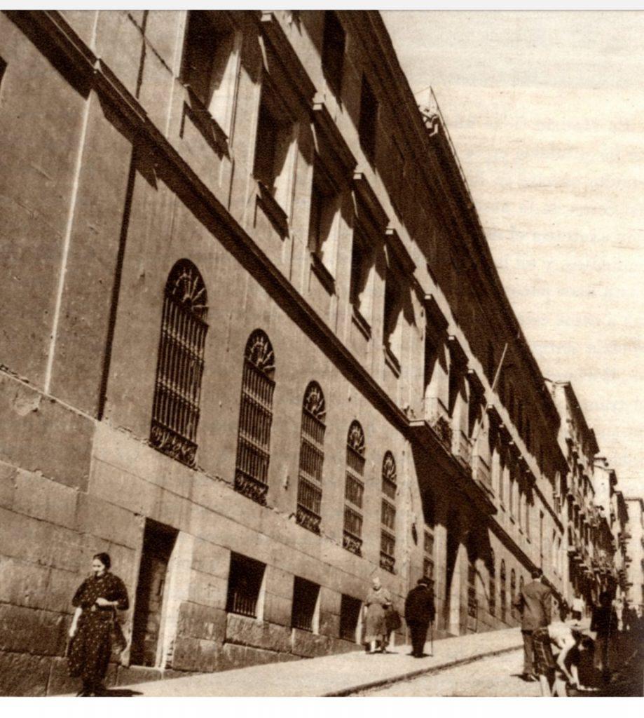 Maternidad de la calle Mesón de Paredes (Madrid).